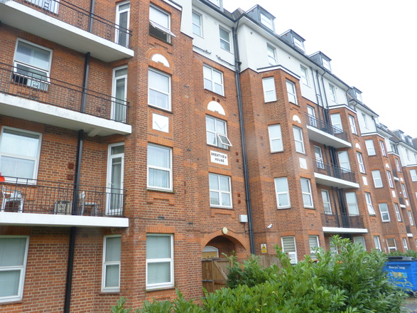 BRENTVIEW HOUSE, NORTH CIRCULAR ROAD, Golders Green NW11 9LE